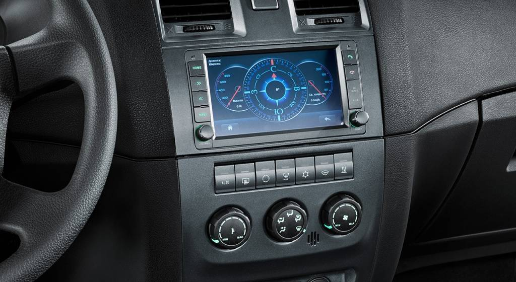 patriot_interior_controls.jpg